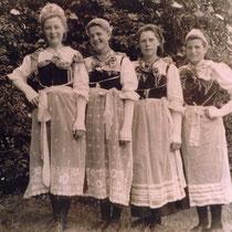 Kuen Maria, Plattner Elsa, Bradlwarter Inge und Seiwald Rosa