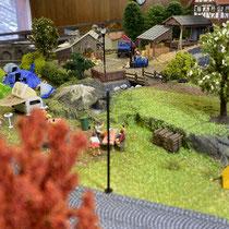 2021 | «Zur Kurve» | Campingplatz und Sägewerk im Hintergrund.