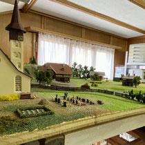 2021 | «Heinzikon» | Kirche mit Friedhof | Vorläufig noch ohne Trauergäste.