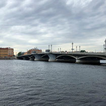 St. Petersburg | Stadtrundgang | «Brücken-Stimmung»