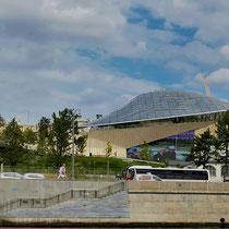 Moskau | Moskwa | Sportstadion direkt am Flussufer
