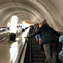 Moskau | Metro | Rolltreppen - bis zu 126 m lang!