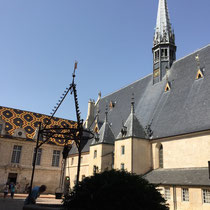Beaune: Innenhof des Hospices de Beaune, Musée de l'Hôtel-Dieu