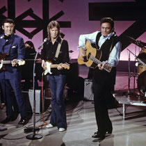 November 1970: Carl Perkins, Eric Clapton, Johnny Cash, and Derek & The Dominos on The Johnny Cash Show