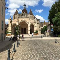 Beaune: Basilika »Notre-Dame«