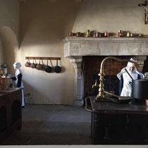 Beaune, Hospices de Beaune, Musée de l'Hôtel-Dieu: Die Küche »anno dazumal«.