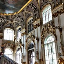 St. Petersburg | Eremitage | «Im Treppenhaus»