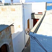 2013 | Lindos |Sicht von einem der unzähligen Dachterrassen-Restaurants.