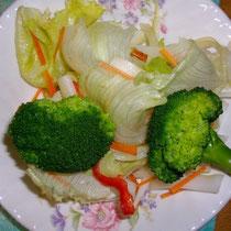 野菜も食べるん  朝