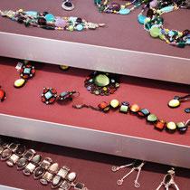 Tiroirs de présentation des bijoux
