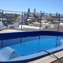Unser kleiner Pool auf dem Dach des YHA Hostels in Yamba