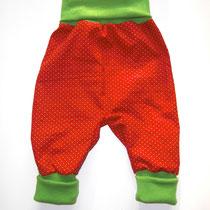109 bequeme Babyhose Größe 50-92 aus Feincord mit krempelbaren Bündchen oben und unten .... Preis: 14,00 Euro