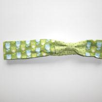 142 praktisches Haartuch aus Baumwolle, mit dehnbahren Gummi, von Baby- bis Erwachsenegröße.... Preis: 6,50 Euro
