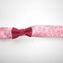 135  praktisches Haartuch aus Baumwolle, mit dehnbahren Gummi, von Baby- bis Erwachsenegröße.... Preis: 6,50 Euro