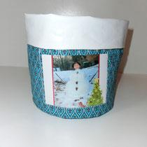 24 rundes Utensili mit Fotofach. Außen Baumwolle und innen Wachstuch (in der Höhe variabel)