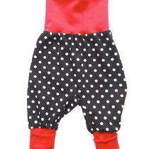6 Baby-/ Kleinkindhose (aus Jersey und dehnbarer Bündchenware. Wächst quasi mit, weil man die Bündchen umkrempeln kann)....Preis: 16,00 Euro