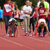 Fiona und Sarah - Start 50m