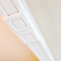 Mit Stuck lassen sich Räume wunderbar strukturieren oder Farbflächen voneinander trennen.