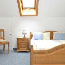 Wohnung 8 -  Schlafzimmer West (Bett 180 x 200 cm)