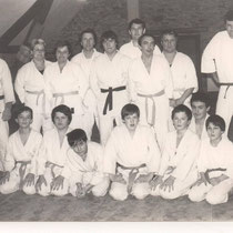 Les judokas dans les locaux de la M.J.C.