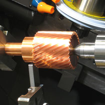 電極歯車研削  放電ギャップに応じて設計、製作。実績精度JIS N2~N4級