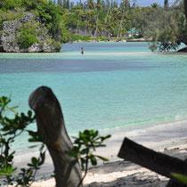 à marée basse la langue de sable permet d'accéder au rocher cependant tabou