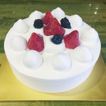 Fresh Whip Cream Cake