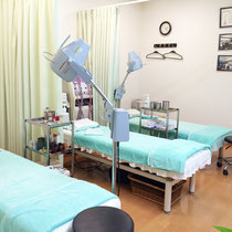 赤松はり灸院・治療室