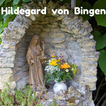 Hildegard, Bingen, Heilkunde, Ernährungslehre, Hildegardmedizin, Hildegard von Bingen, Selbstbehandlung, holistisch gesund, ganzheitlich, Selbstheilungskräfte, aktivieren, Gesundheit ist kein Zufall, Seele baumelt