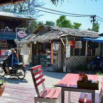 Walking Street, Koh Lipe