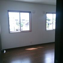 2階子供部屋。 将来的に2つに区切れるようにしてます。