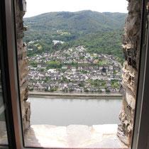 Blick aus unserer Kemenate auf Rhein und Bad Salzig