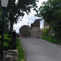 heutige Burgzufahrt