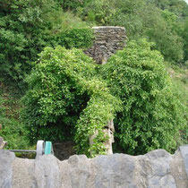 Blick vom Kesterter Tor in den Halsgraben