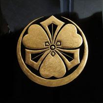 蒔絵の家紋(Crest)