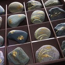 蒔絵の福井の四季(石)