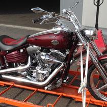 transport de moto par conteneur à la Réunion avec long-Cours