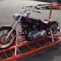 transport de moto France Réunion avec Long-Cours
