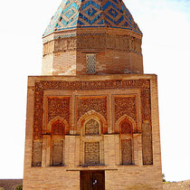 Il Arslan (Fahr-ad-din Razi) is a magnificent piece of architecture, also known as the Mausoleum of Kho-Rezmshah II Arslan, who ruled from 1156 to 1172