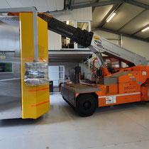 Schwabenheim: Die 3D-EHLA-Anlage wird für den Abtransport bereit gemacht