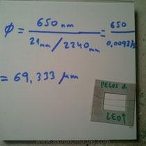 Sabiendo el tipo de láser que hemos usado (650 rojo, 532 verde) obtendremos resultados: cabello grueso de Leo 69 micras y fino (decolorado) 65 micras.