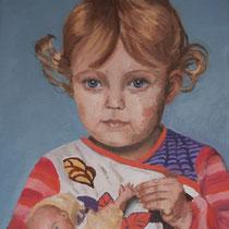 Ilva mit ihrer Puppe Anna