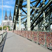 Köln - Kölner Dom - Hohenzollernbrücke