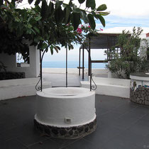 Dekorativer Brunnen