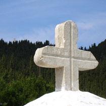 Kreuz an der Kreuzung