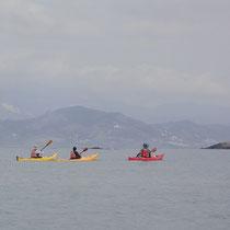Letzte Paddelschläge für heute, Naxos im Hintergrund