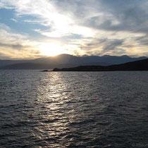 Blick nach Kap Apsili und Chios