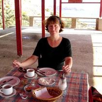 Gavdos: Frühstück in der Taverne Korfos Beach