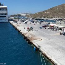 Der neue Hafen von Mykonos....