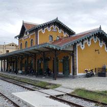 Der Bahnhof von Volos ...